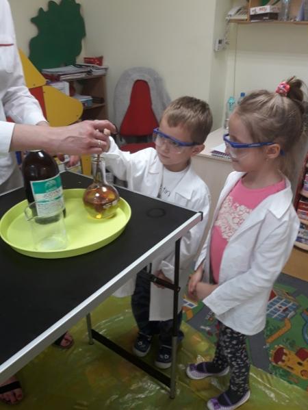 Eksperymenty chemiczne 2017/18